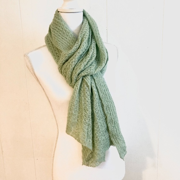 "🍉H&M Green Soft Knitted Long Scarf 20"" x 80"""